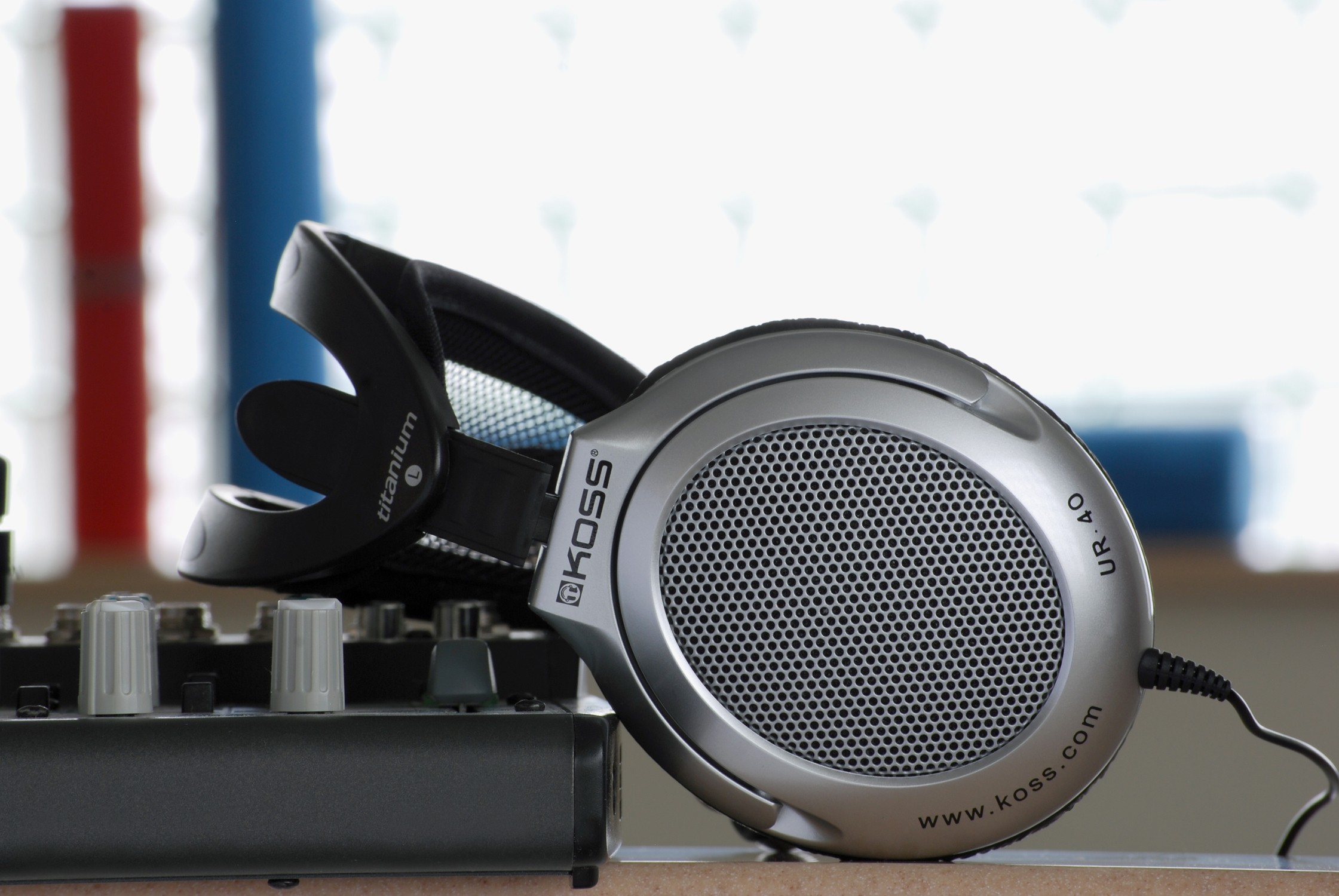 recenze sluchátek KOSS UR 40